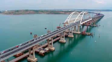 Участники рынка грузоперевозок – о перспективах движения по Крымскому мосту