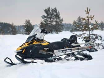 Перевозка снегохода: как доставить его на место в целости и сохранности