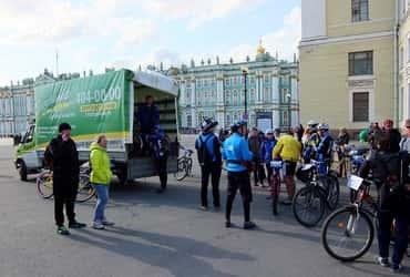 «ГрузовичкоФ» поддержал велопробег Пушкин-Дворцовая