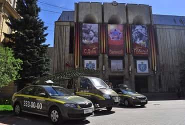 «ГрузовичкоФ» и «ТаксовичкоФ» поздравили ветеранов с наступающим праздником