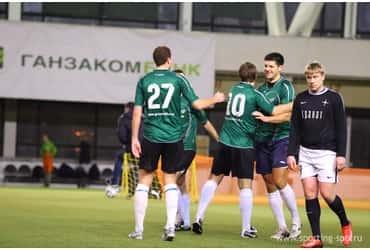 Команда «ГрузовичкоФ» продолжает покорять зимнюю Спортинг−лигу