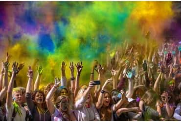 «ГрузовичкоФ» на фестивале красок