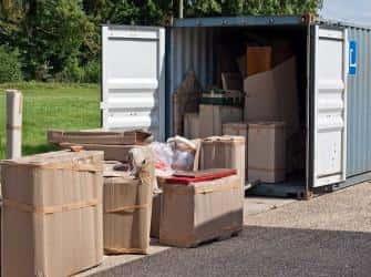 Как перевезти вещи в контейнере: простые правила транспортировки